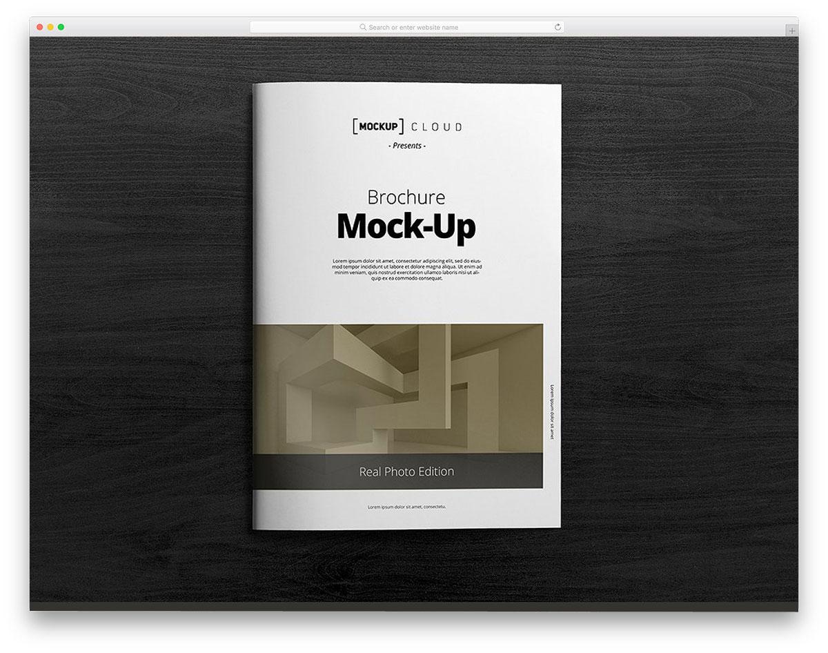 Brochure-Mock-Up-A4-Portrait