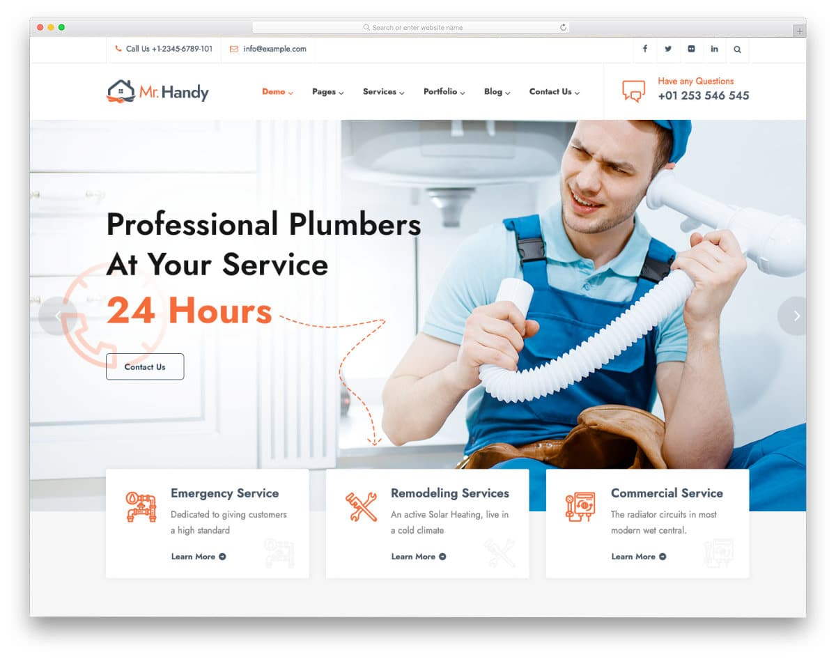 feature-rich plumber WordPress themes